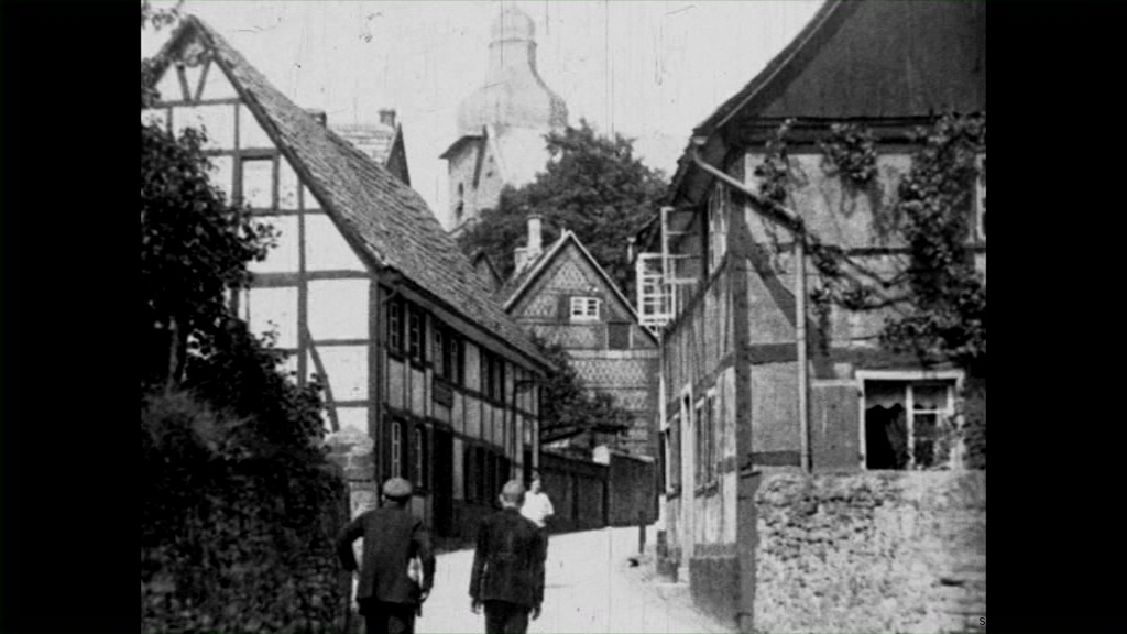 Historische Bilder aus Soest kleine Osthofe mit Hohnekirche mit freundlicher Genehmigung des LWL-Münster