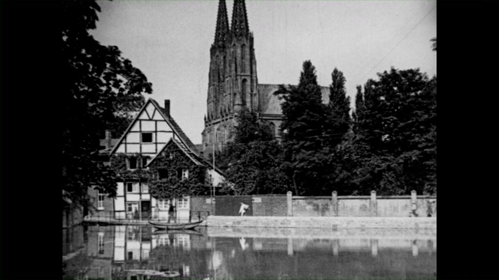 Historische Bilder aus Soest Grosser Teich mit Wiesenkirche mit freundlicher Genehmigung des LWL-Münster
