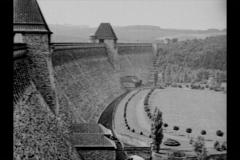 Historische Bilder aus Soest Möhnetalsperre Sperrmauer mit freundlicher Genehmigung des LWL-Münster