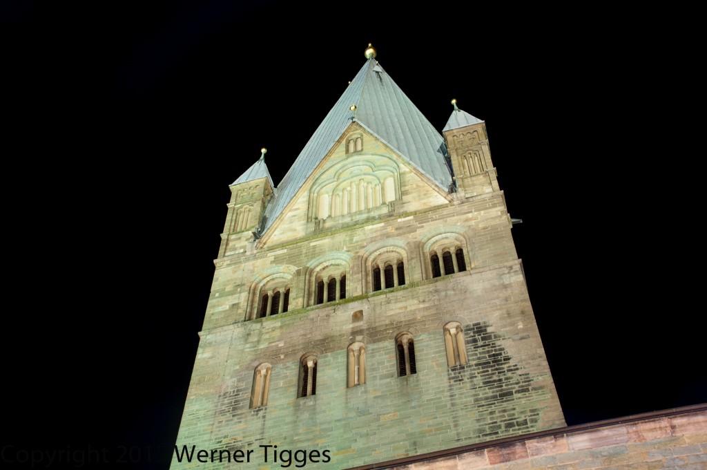 Dom bei Nacht Allerheiligenkirmes 2012 -Bildrechte Werner Tigges