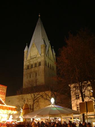 Der Dom in Soest zur Allerheiligenkirmes
