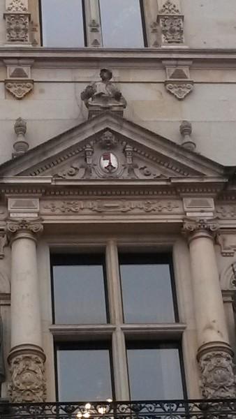 Detail Rathaus Hamburg mit Soester Schlüssel