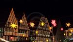 Wilder Mann mit Nachbarn in Soest zum Weihnachtsmarkt ©Werner Tigges