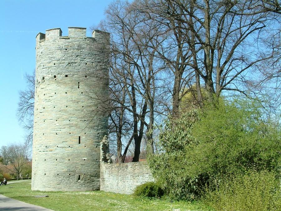 Kattenturm Soest mit Wall und Gräfte ©Werner Tigges