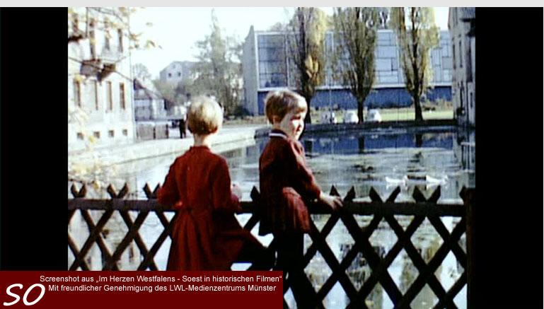 Das alte Hallenbad  in Soest mit dem Grossen Teich