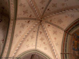 Hohnekirche Soest Innenraum - Deckenmalerei©W. Tigges