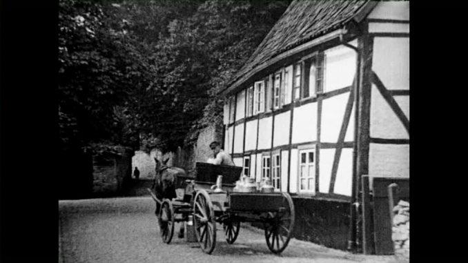 Historische Bilder aus Soest - Pferdefuhrwerk im Steingraben, vor dem alten Stadtkrankenhaus