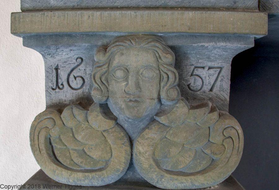 Detail am Kamin in der Winterratsstube -Das Soester Rathaus von 1713 für stadtfuehrung-soest.de